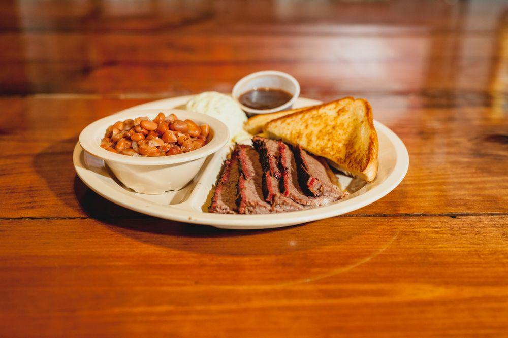 Meat & Potatoes: 300 N Highway 174, Rio Vista, TX