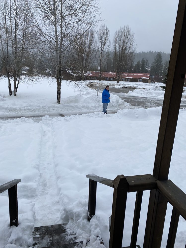 Southfork Lodge: 7236 Highway 21, Lowman, ID