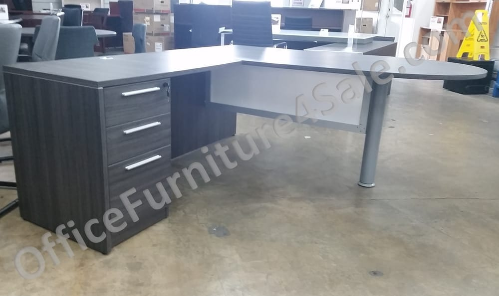 Oxford Gray Peninsula L Desk With Frosted Glass Modesty