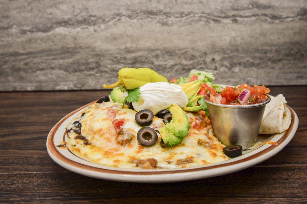 Echo Lake Cafe: 1195 Montana Hwy 83, Bigfork, MT