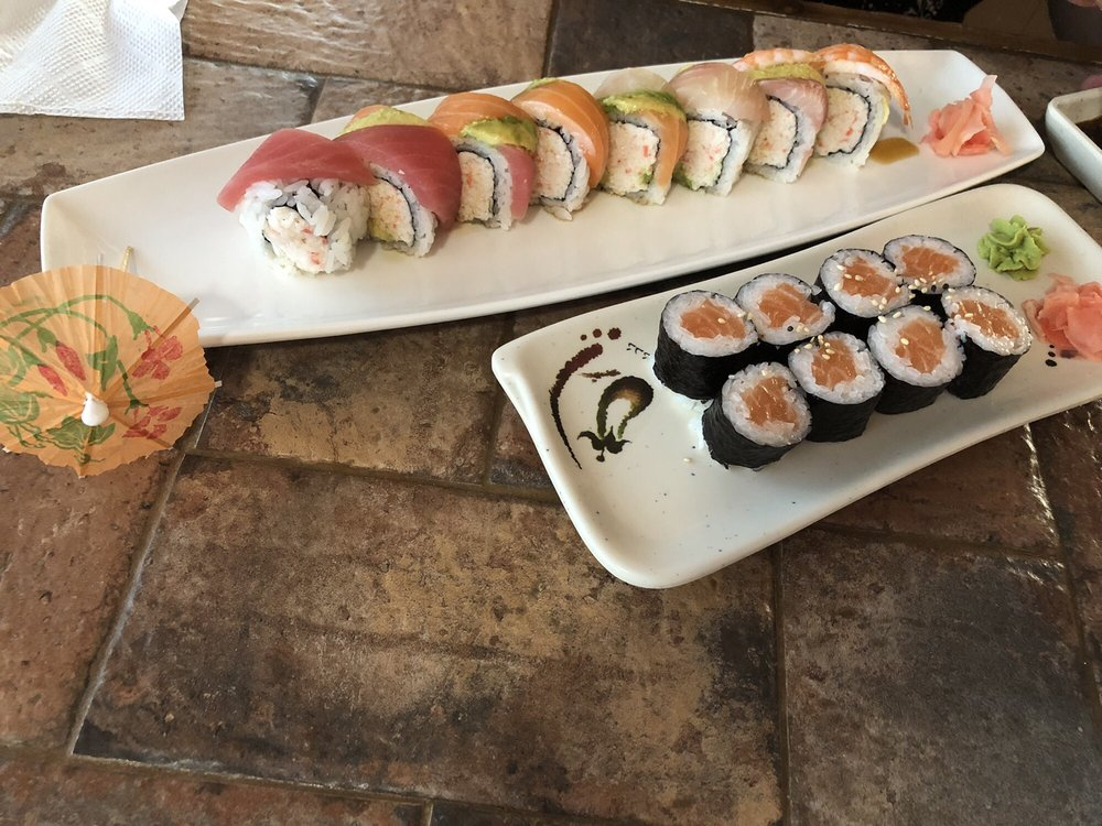 Dasi Sushi & Asian Cuisine: 1902 Chico Hwy, Bridgeport, TX