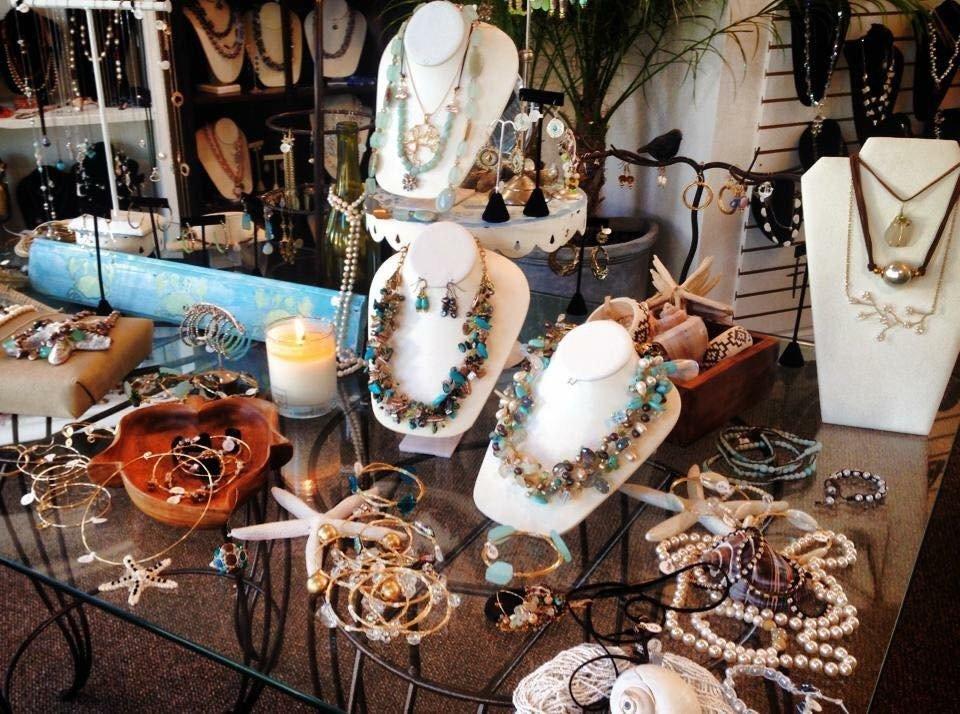 Island Bead & Trading Co.: 26 Eastport-Manor Rd, Eastport, NY