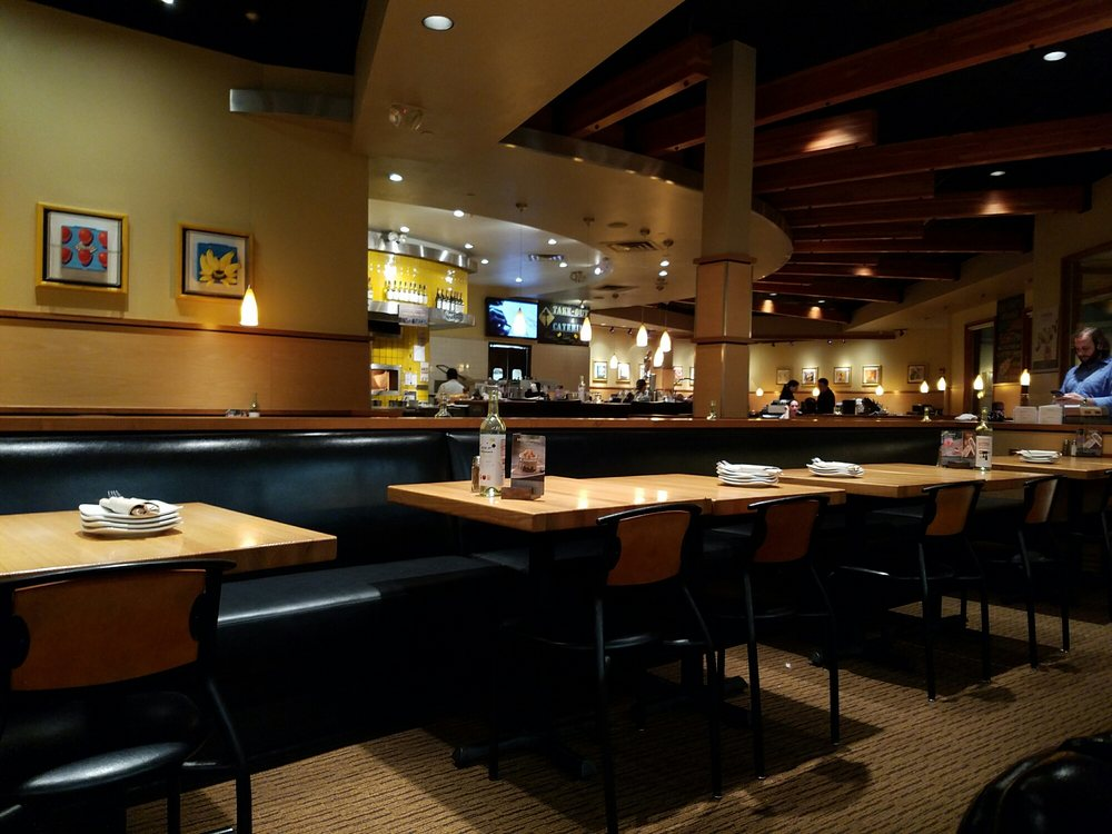 California Pizza Kitchen At Willowbrook Wayne Nj