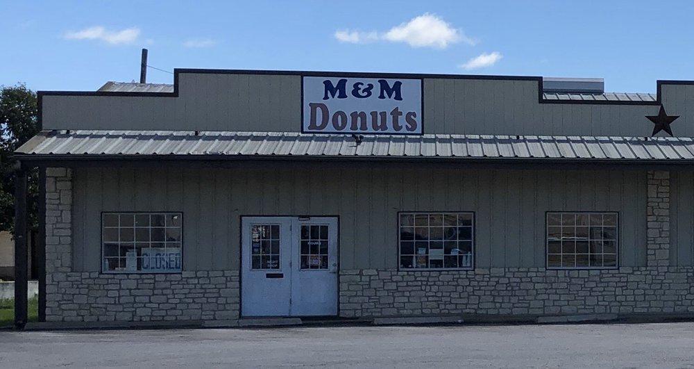 M & M Donut: 800 Bessemer Ave, Llano, TX