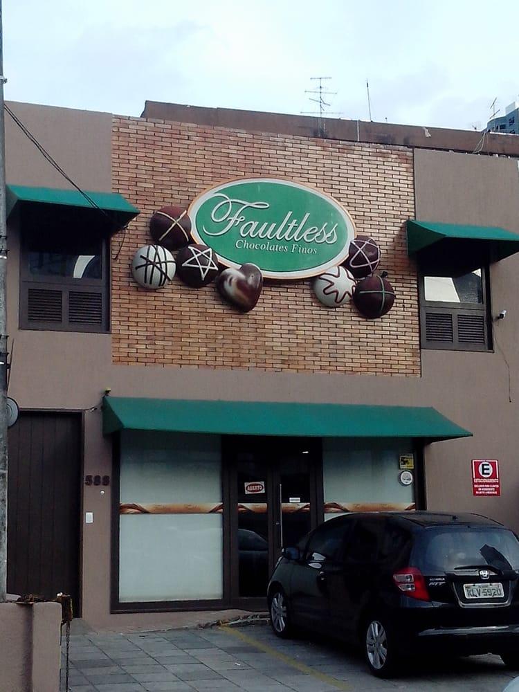 Faultless Chocolates Finos