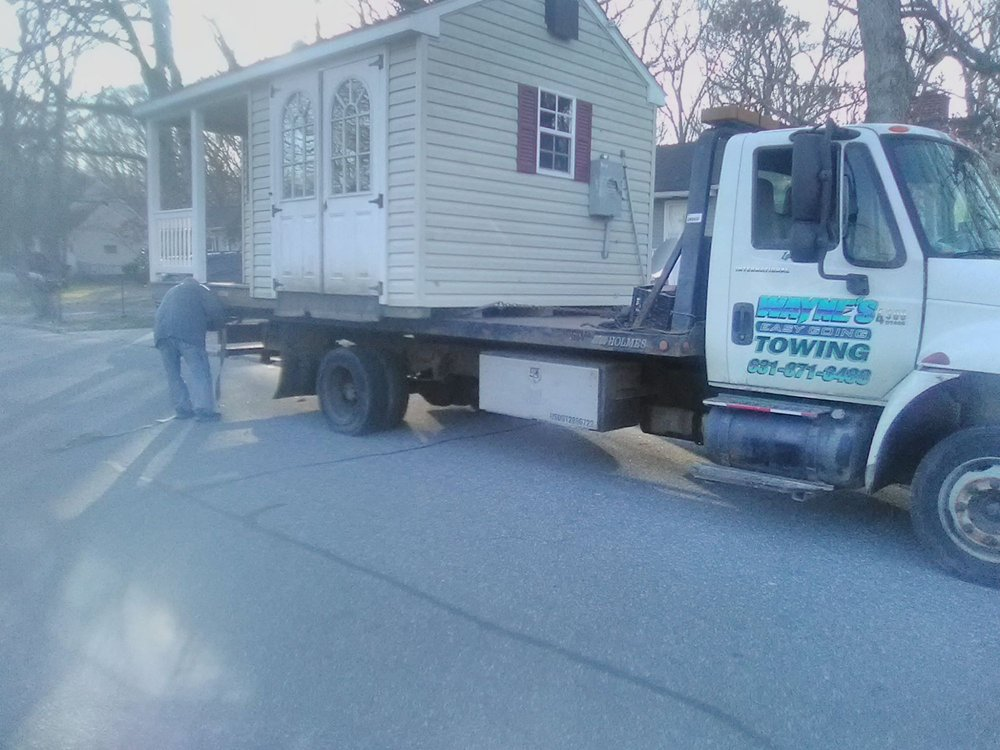 Towing business in Ridge, NY