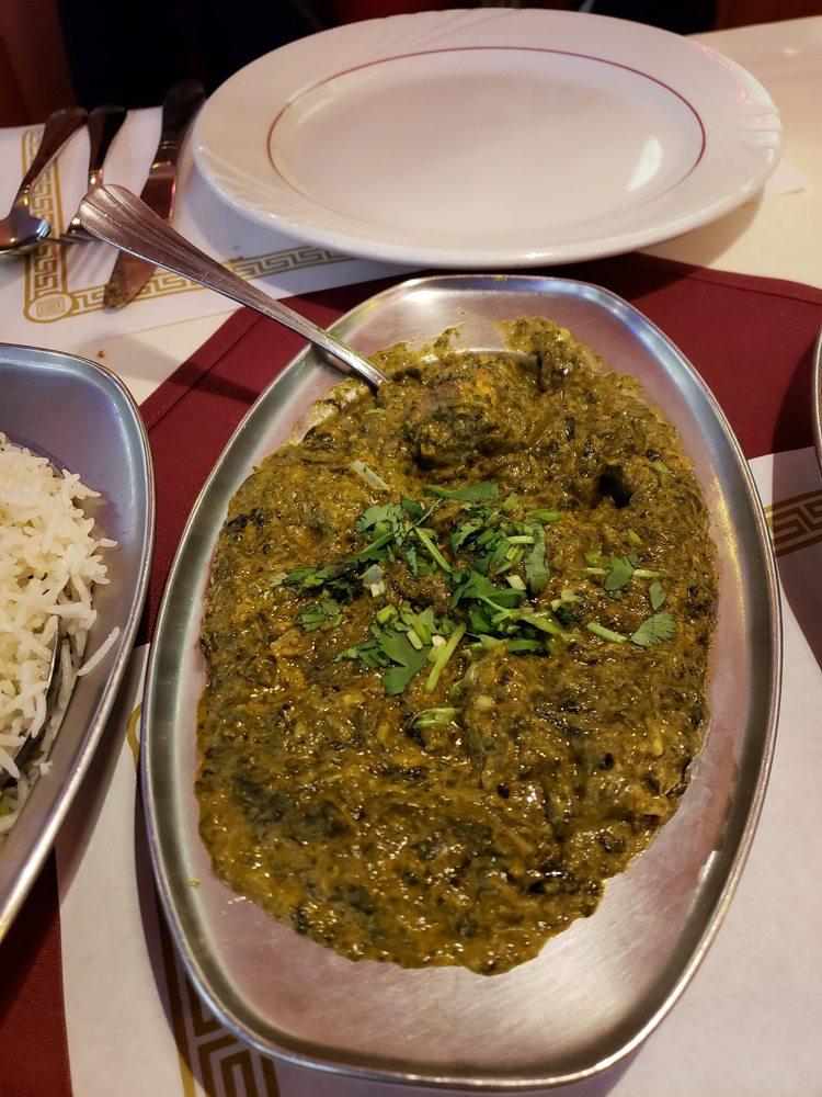 Food from New Delhi Diamonds Indian Restaurant