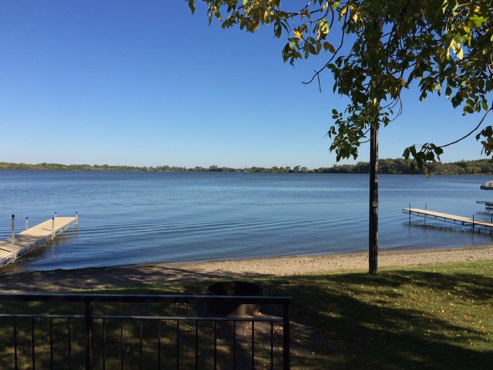 Barrett Lake Resort and Campground: 427 County Rd 2, Barrett, MN