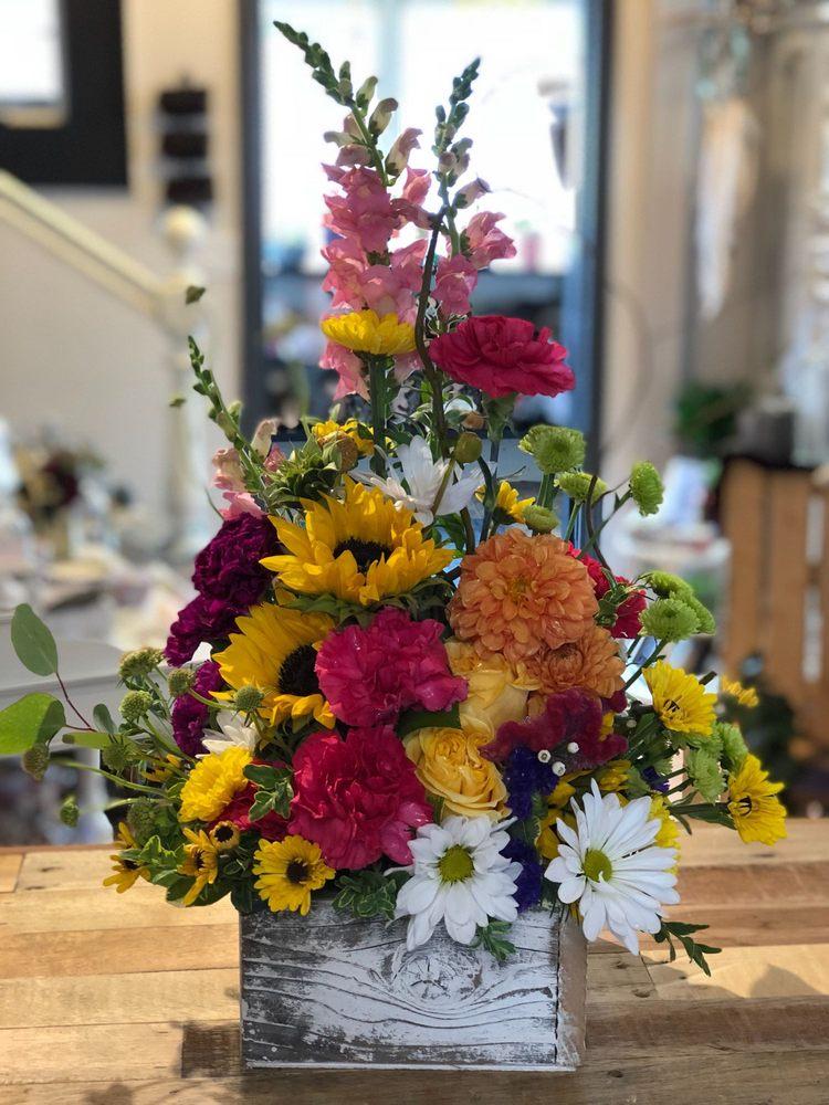 Sassafras Flowers by Shera: 611 E Highland Ave, Hermiston, OR