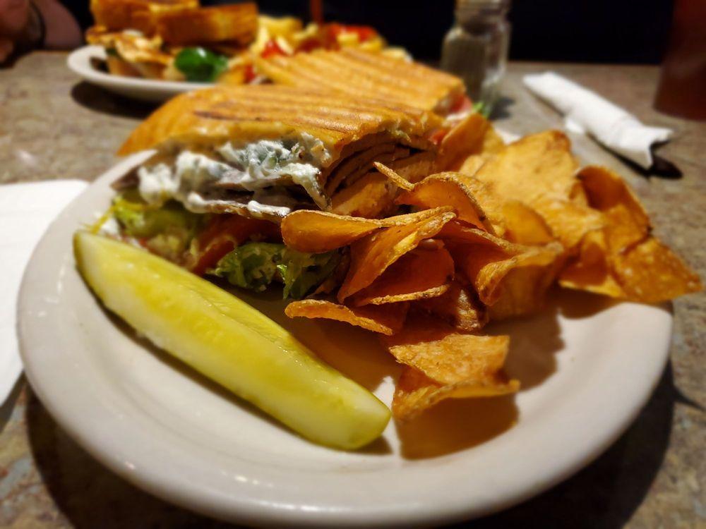 Taste Budz Cafe: 4820 Pennell Rd, Aston, PA