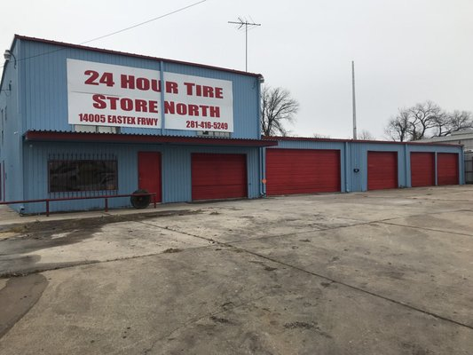 24 Hour Tire Shop North 14005 Eastex Fwy Houston Tx Tire Dealers