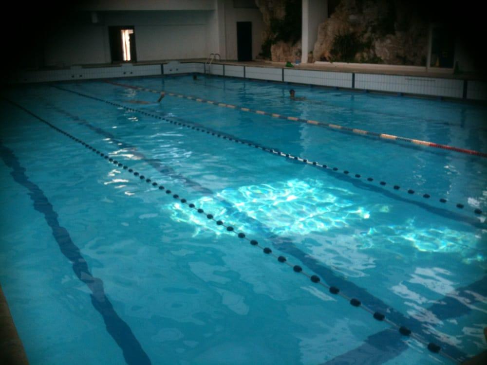 14 30 la piscine est moi yelp. Black Bedroom Furniture Sets. Home Design Ideas