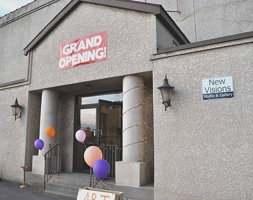 New Visions Studio  Gallery - CLOSED - Art Galleries -  Vine