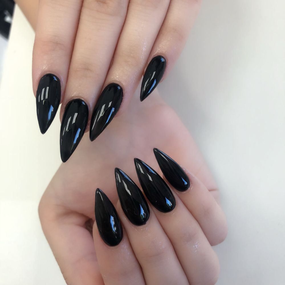 Laquer Nail Bar: Acrylic Full Set With Gel