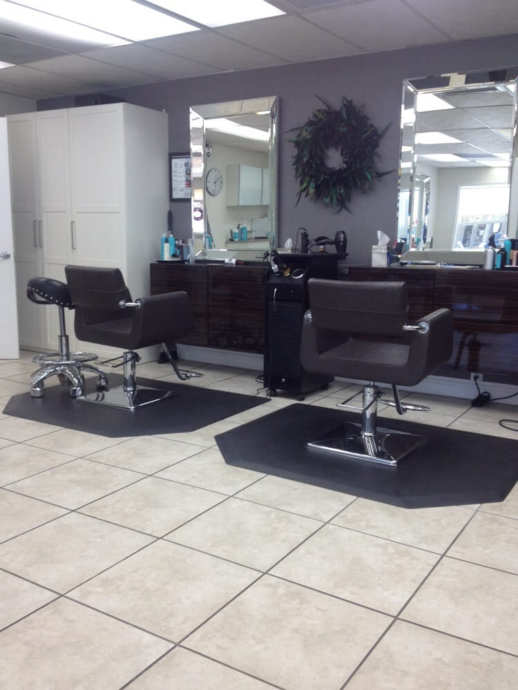 Very clean and trendy yelp for A salon solution port st lucie