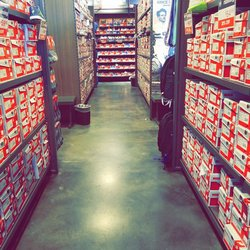 new balance outlet woodstock
