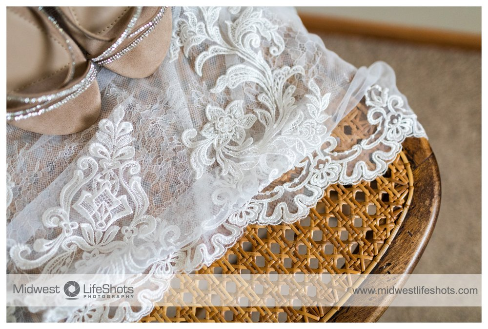 Hope's Bridal & Prom: 3015 73rd St, Atkins, IA