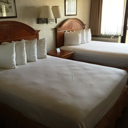 Huntington Beach Inn 43 Photos 95 Reviews Hotels 800 Pacific Coast Hwy Ca Phone Number Yelp