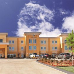 Photo Of La Quinta Inn Suites Muskogee Ok United States