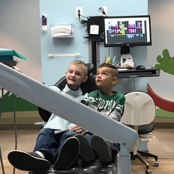Canton Pediatric Dental Center - 3934 Everhard Rd NW, Canton