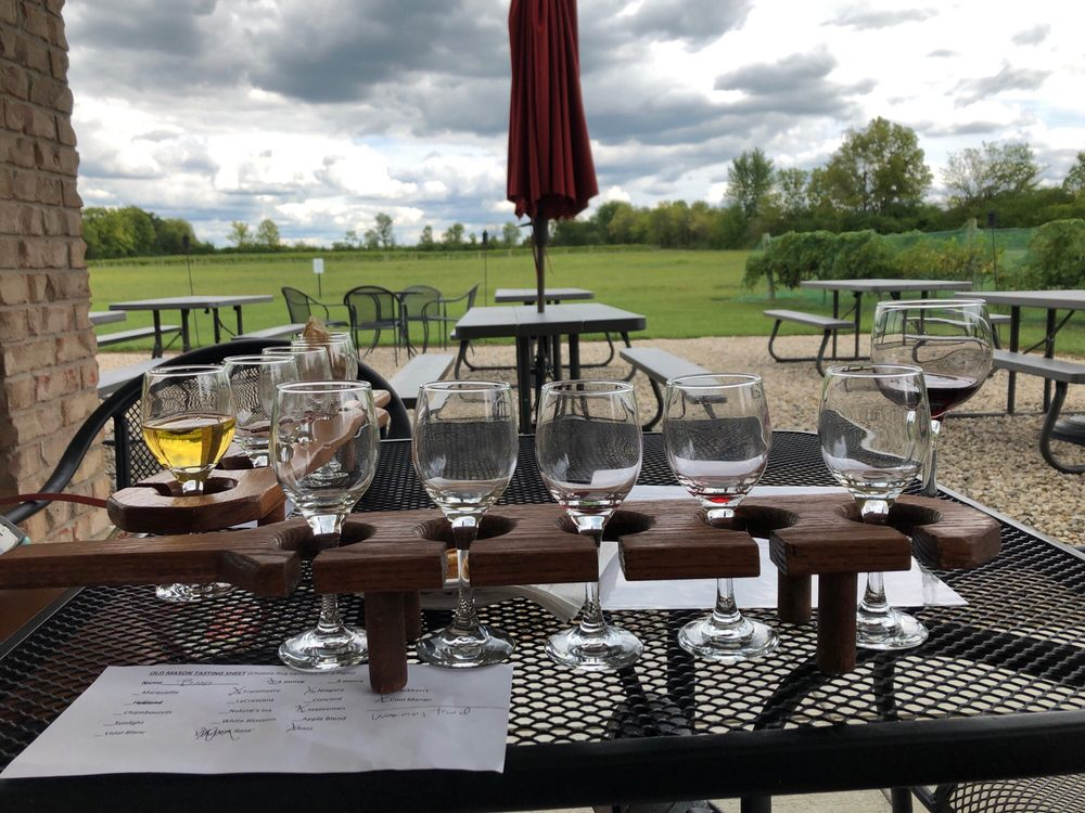 Old Mason Winery: 4199 S Iddings Rd, West Milton, OH