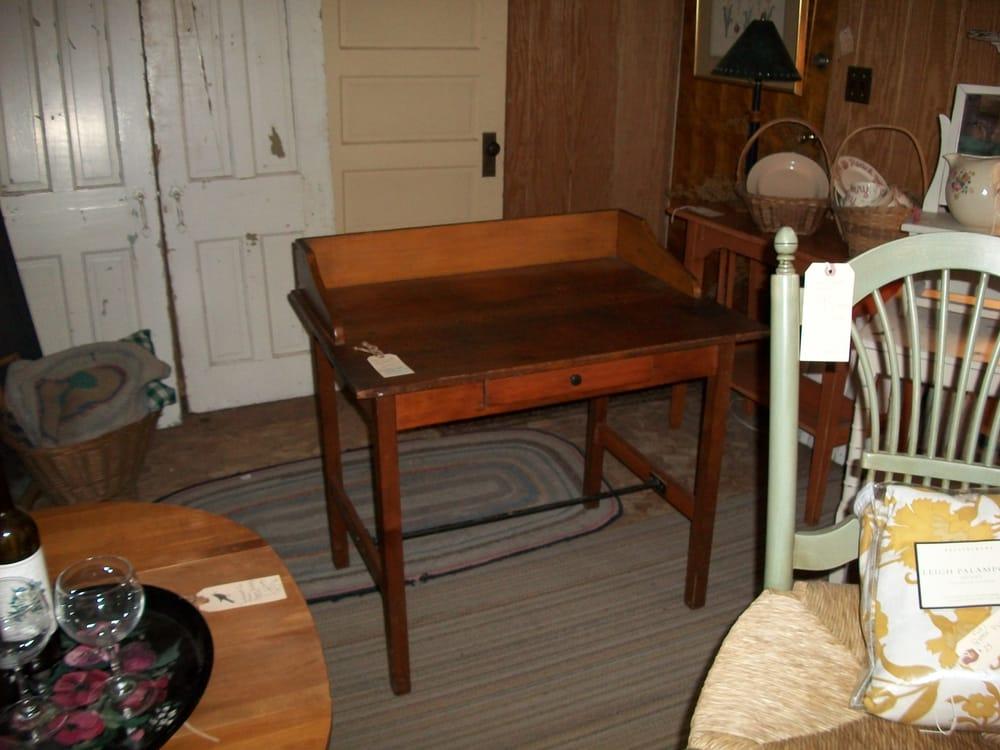 Corner Cottage Antiques: 11010 York Rd, Cockeysville, MD