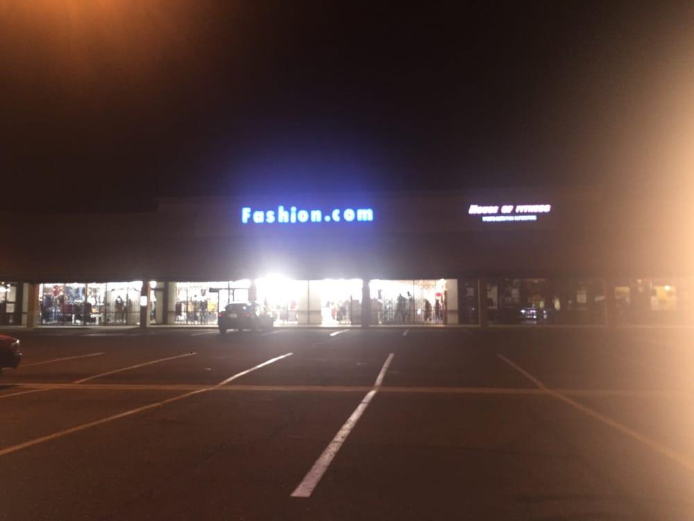 Fashion.com