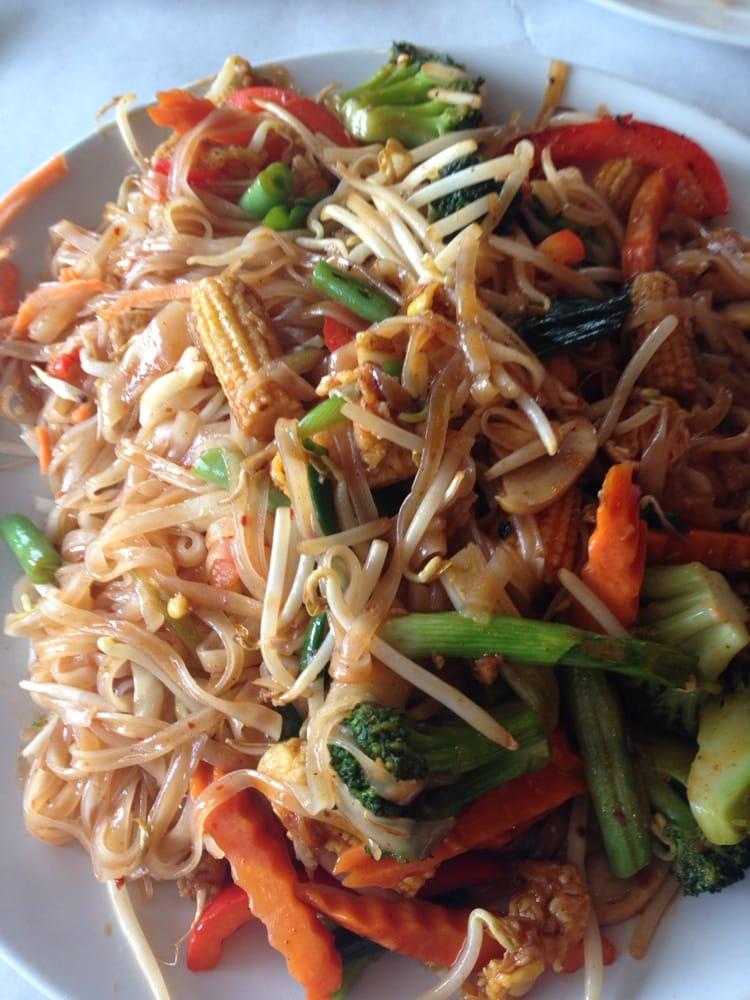 Veggie pad thai yelp for Anothai cuisine cypress tx