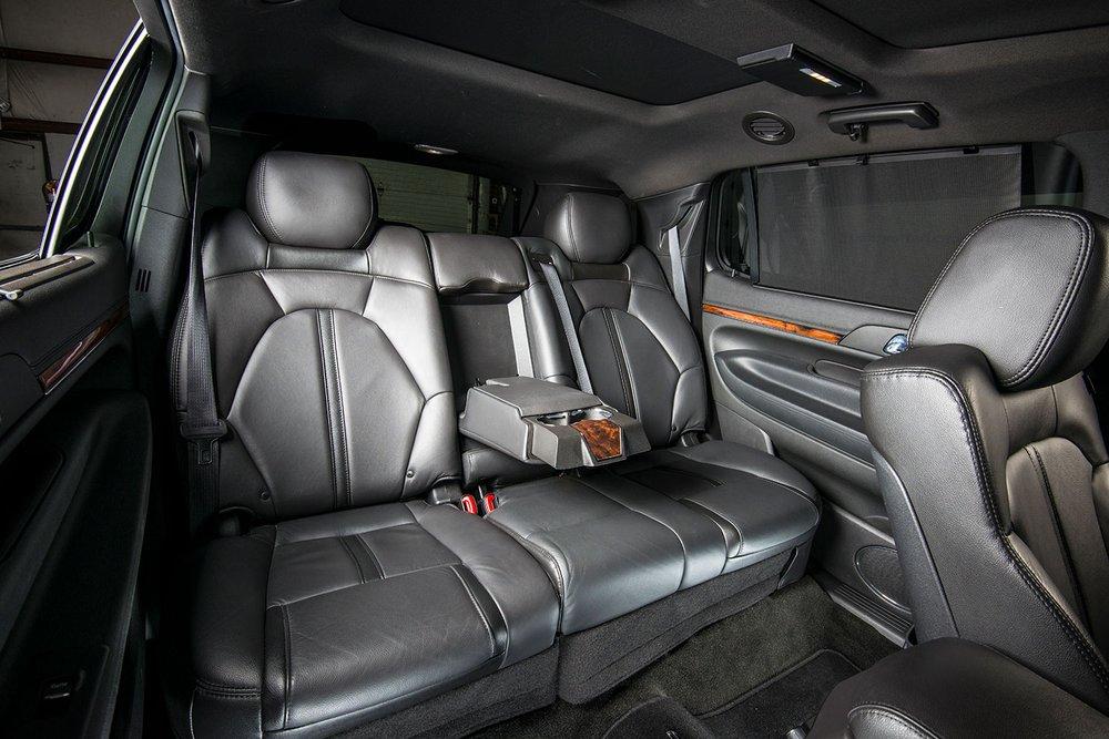 J & J Luxury Transportation: 445 Business Park Ln, Allentown, PA