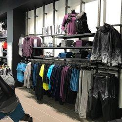 Oakley Store Metrotown