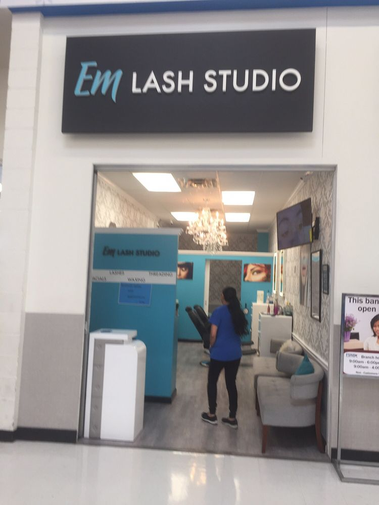EM LASH STUDIO: 1112 Nashville Pike, Gallatin, TN