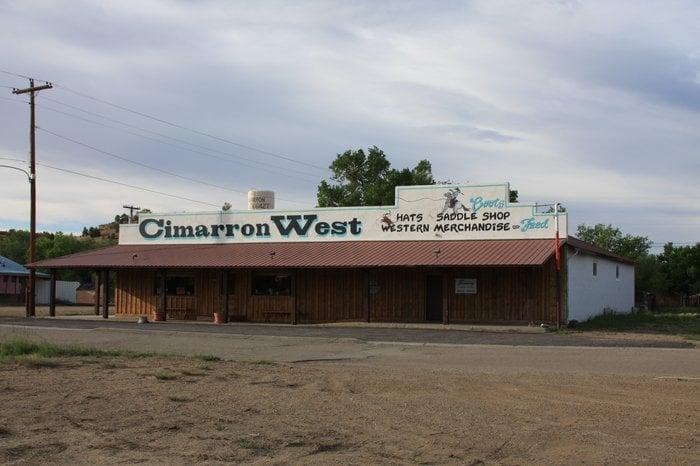 Cimarron West: 256 10th St, Cimarron, NM