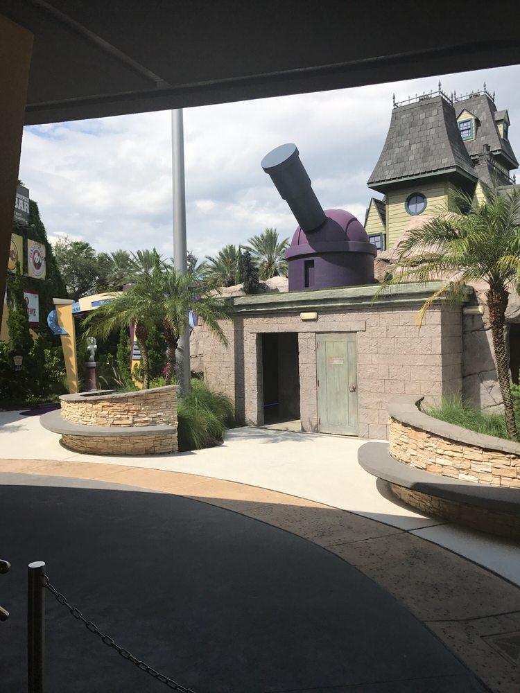 Hollywood Drive In Golf: 6000 Universal Blvd, Orlando, FL