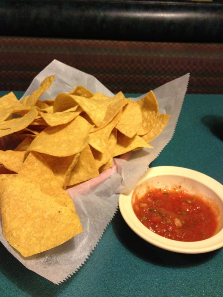 El Sombrero Mexican Restaurant: 280 N Jerry Clower Blvd, Yazoo City, MS