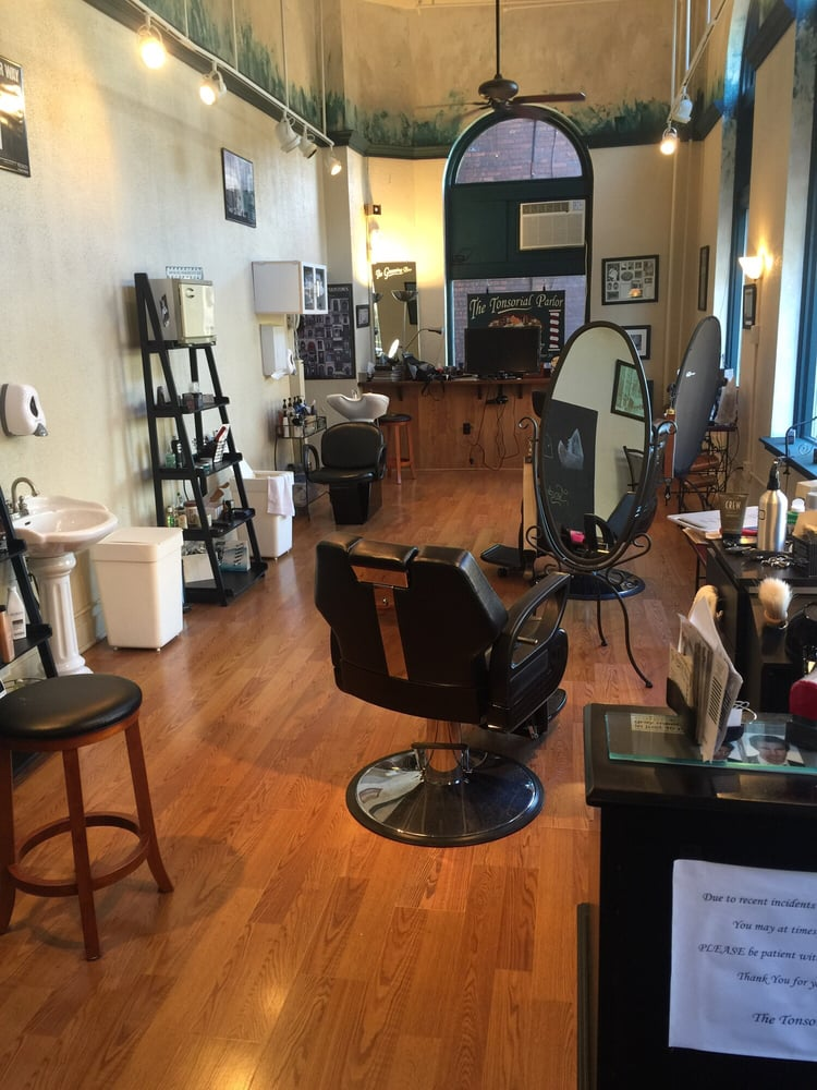 Tonsorial Parlor: 33 W Peter St, Uniontown, PA