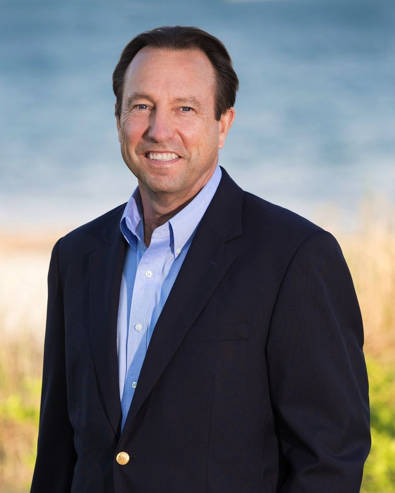 Chuck Tuttle - Kinlin Grover Real Estate: 4 Wianno Ave, Barnstable, MA