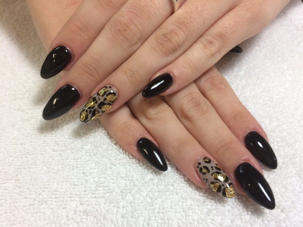 Hard Gel Sculpted No Tips With Black Gel Polish And Leopard Print