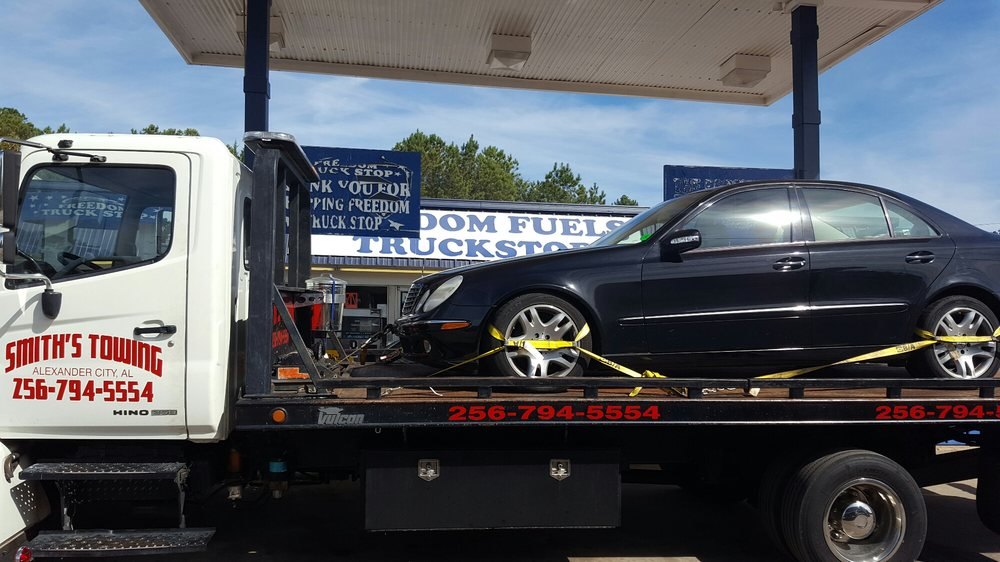 Smith's Towing: 156 10th St W, Alexander City, AL