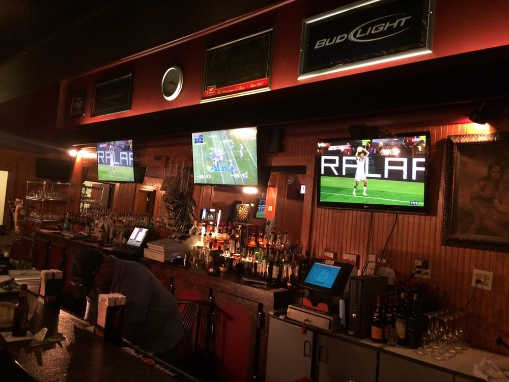 Jake's Corner Lounge: 114 3rd St, Bay City, MI