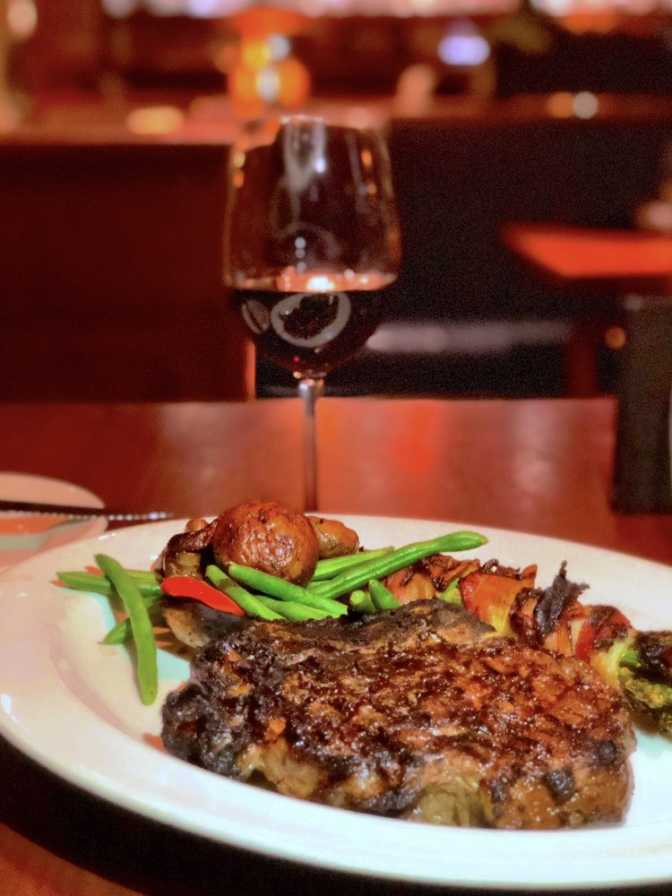 Social Spots from The Keg Steakhouse + Bar - Las Colinas