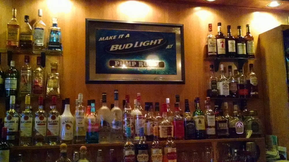 Pump Room Tavern: 1500 S Webster Ave, Green Bay, WI