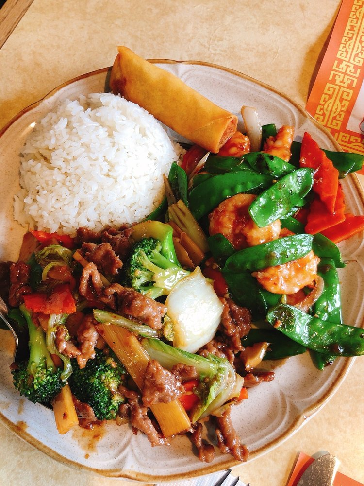 Chang Sing Restaurant: 512 S Washington St, Moscow, ID