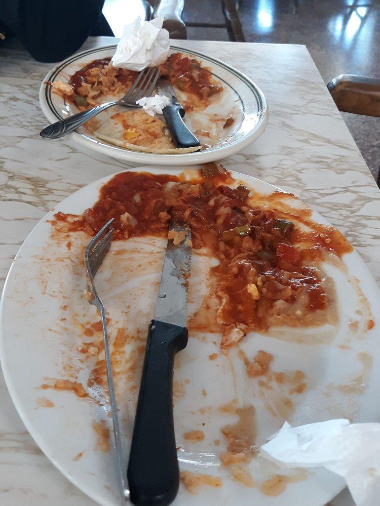 Red Top Restaurant: 22794 Rd 4, Chowchilla, CA