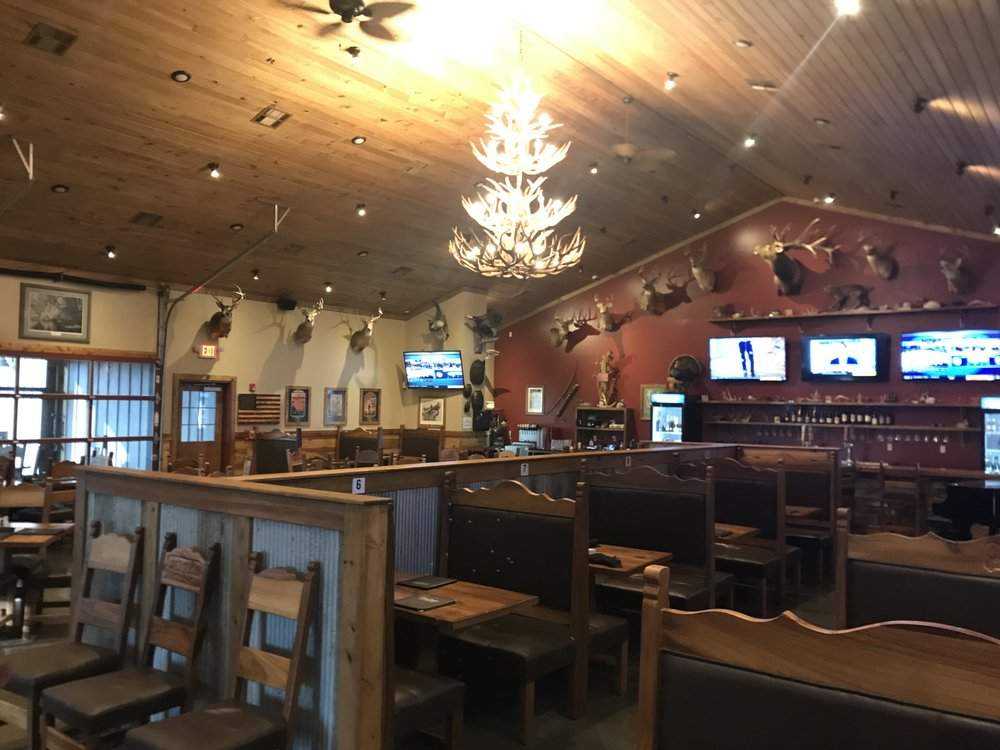Open Season Sports Bar & Grill: 2307 S Main St, Stuttgart, AR
