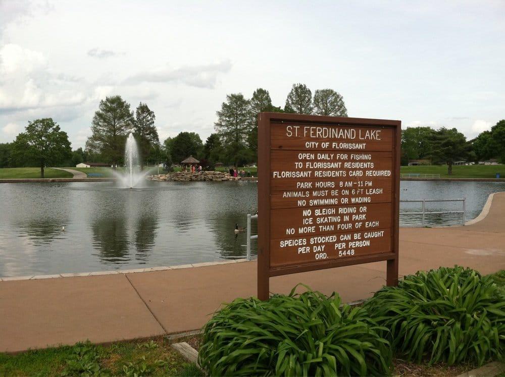Saint Ferdinand Park: 1 Saint Ferdinand Park Dr, Florissant, MO