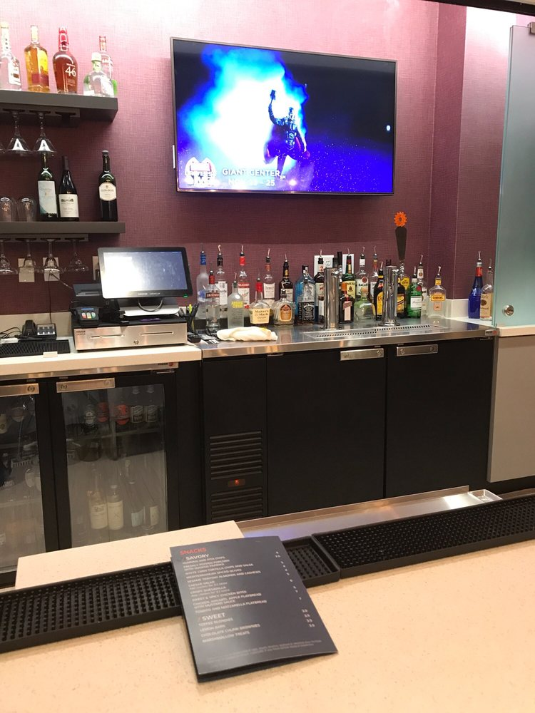 Springhill Suites Marriot: 451 Gateway Ave, Chambersburg, PA