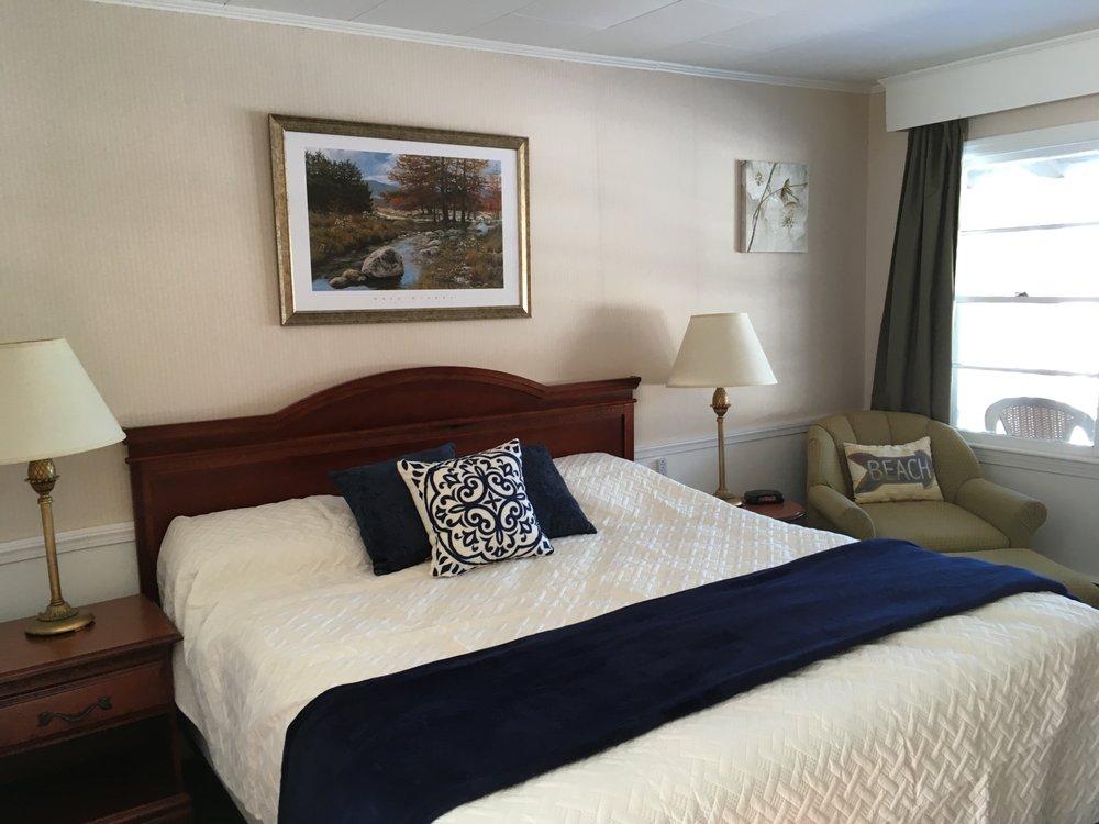 Highland Lake Resort: 115 N High St Rte 302, Bridgton, ME