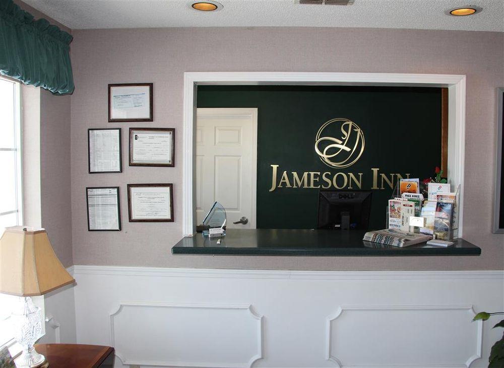 Jameson Inn Douglas: 1628 S Peterson Ave, Douglas, GA