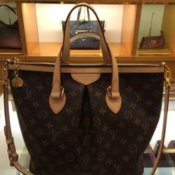 Louis Vuitton Closed 11 Reviews Luggage Waikoloa Hi Phone