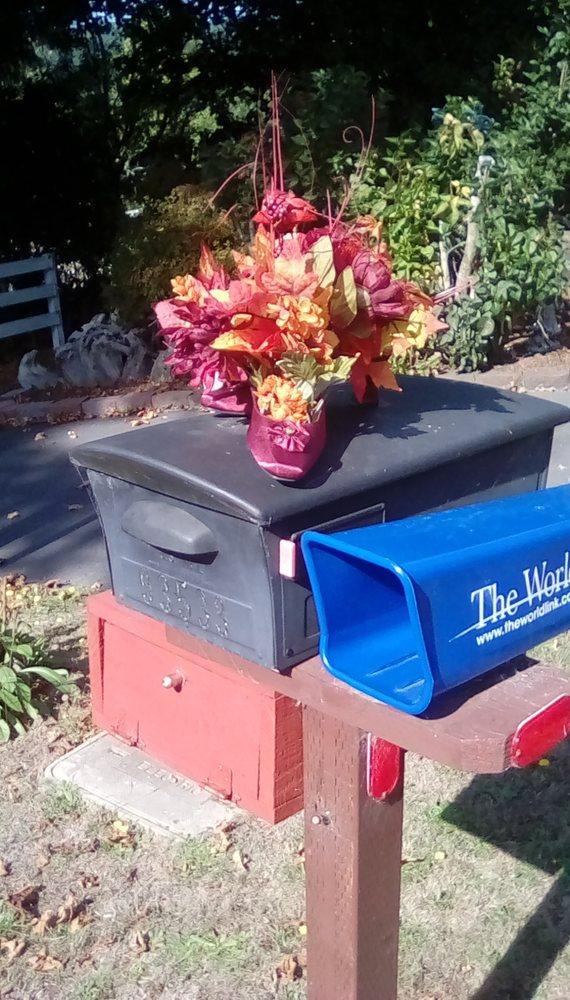 Bree's Upscale Resale: 1180 Oregon Ave, Bandon, OR